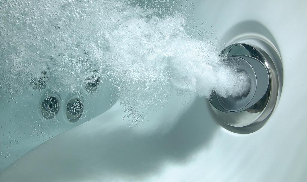 Sūkurinės vonios tik malonumui